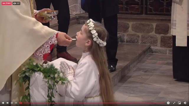 Gniezno. Pierwsza Komunia Święta w katedrze