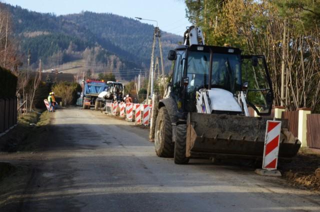 Ulica Długa w Targanicach jest nieprzejezdna z powodu remontu
