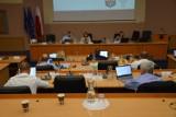 Sesja Rady Miejskiej w Goleniowie wstrzymana. Radni nie przyjęli... porządku obrad