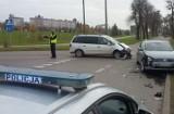 Malbork. Po wypadku na ul. Konopnickiej do szpitala trafiła pasażerka auta
