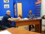 Emerytura stażowa i sytuacja w szpitalu powiatowym to główne tematy dyżuru radnych. Radny Kubiak: Niech starosta nie kłamie podczas sesji!!!