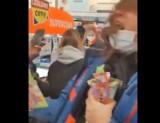 Bitwa o lody Ekipy. Również w Poznaniu młodzież przeszukuje lodówki w sklepach Lidl i Biedronka