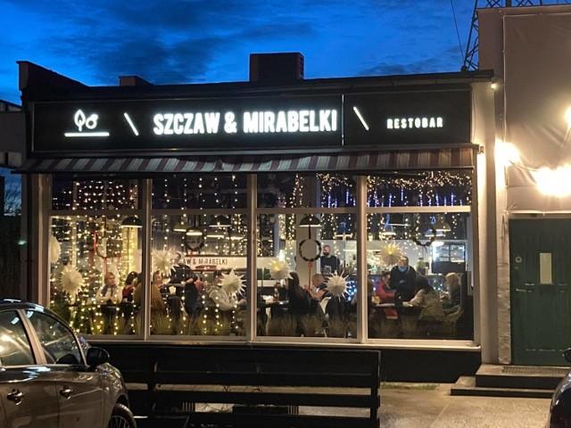 Restauracja została ponownie otwarta we wtorek. W środę odwiedzili ją pracownicy sanepidu i policja.