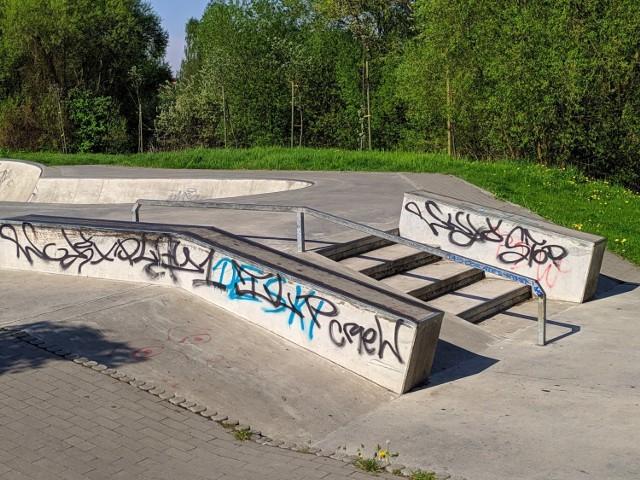 Wieczorne spotkania młodzieży na skateparku w Lublińcu utrapieniem dla mieszkańców