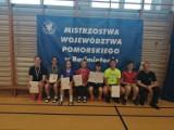 """Dziewięć medali z Chmielna przywieźli do Miastka badmintoniści. Świetna gra zawodników MKB """"Lednik"""""""