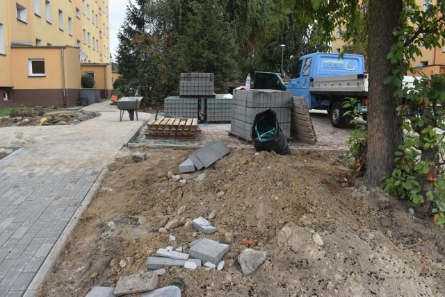 Remonty na osiedlu przy ulicy Pułaskiego w Gubinie.