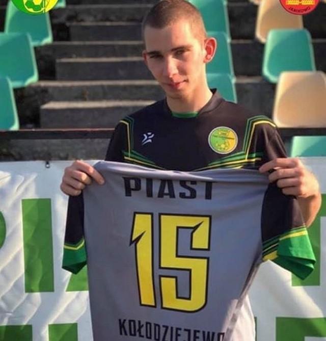 Jakub Wilk wszedł na boisko po przerwie i pod koniec meczu przypieczętował awans Piasta do V ligi
