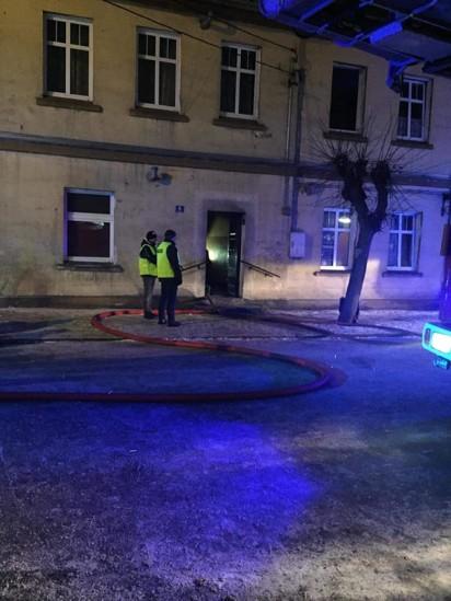 Tragedia w Czerniejewie. W wyniku pożaru zginęły dwie osoby