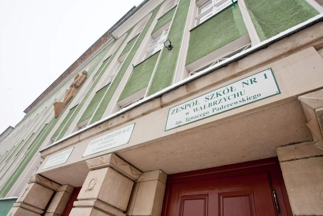 Wałbrzyskie szkoły nie stoją puste po południami.