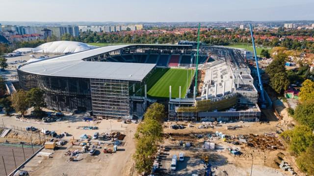 Stadion Pogoni - stan prac na 8 października 2021.