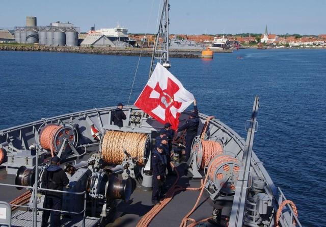Polski okręt w porcie Ronne.