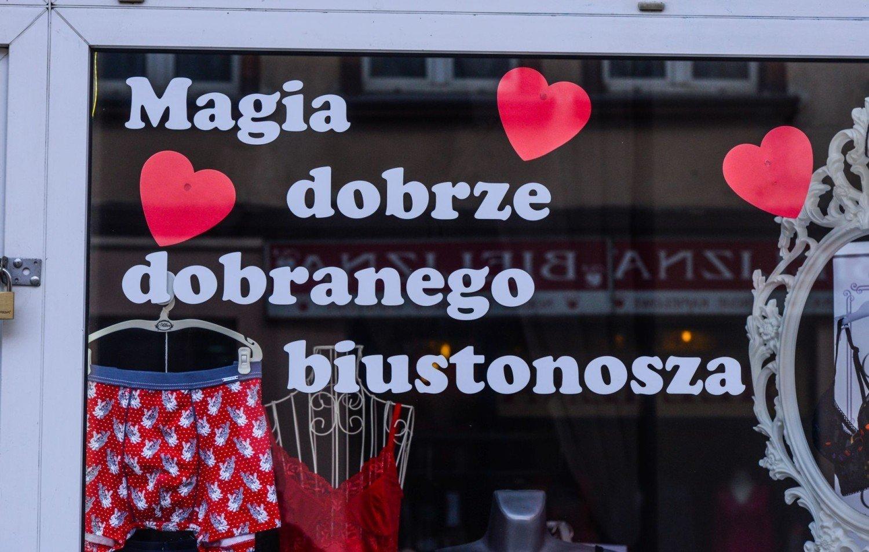 Walentynki Tuż Tuż Na Witrynach Sklepowych Nie Brakuje Serduszek