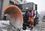 """""""Zima zaskoczyła drogowców?"""" Bzdura. Odśnieżanie to wojna z zimą. Przy minus 7 beznadziejna. Zobaczcie kulisy tej pracy!"""