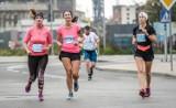 Garmin Półmaraton Gdańsk 2021. Biegowe wyzwanie na dwóch pętlach w niesamowitej scenerii Stoczni Gdańskiej [PROGRAM]