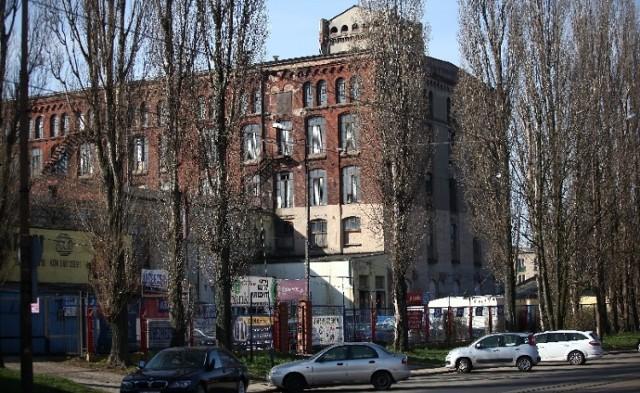 Fabryka przy Przybyszewskiego na sprzedaż
