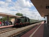 Retro pociąg w Wągrowcu! Tłumy mieszkańców zjawiły się na stacji!
