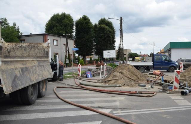 Na ulicy Sportowej w Zbąszyniu, obecnietrwa modernizacja nawierzchni i budowa kanalizacji deszczowej
