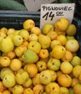 Tyle płacimy za owoce i warzywa na inowrocławskim Targowisku Miejskim