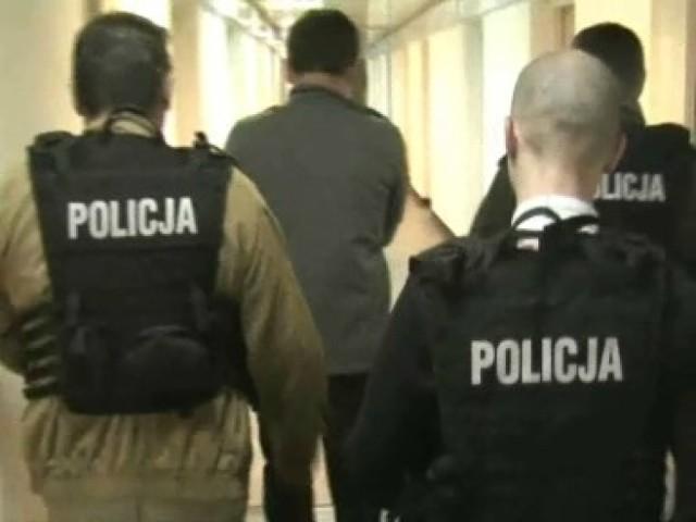 Przedstawiciele spółdzielni mieszkaniowej zostali oskarżeni o przyjęcie łapówki
