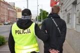 Gdańsk: Oszust na BLIK-a zatrzymany na gorącym uczynku! Na razie usłyszał dwa zarzuty, ale na tym nie koniec. Grozi mu 8 lat więzienia