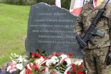 Ku pamięci poległych pod Kraśnikiem i Polichną. Zobacz zdjęcia z uroczystego odsłonięcia tablic na cmentarzu przy ulicy Lipowej