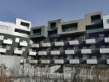 To jeden z najdziwniejszych domów w Katowicach. Mieszkają tu piłkarze. Oto Baildomb zaprojektowany przez Roberta Koniecznego. Zobacz ZDJĘCIA