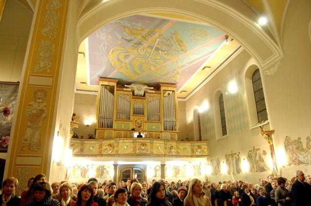 Organy w kościele św. Bartłomieja w Bieruniu