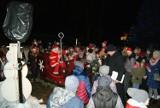 Św. Mikołaj w Dolsku: mieszkańcy tłumnie przybyli spotkać się ze Świętym Mikołajem