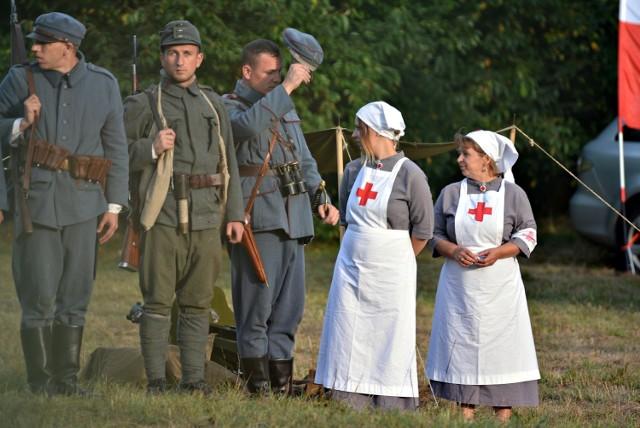W Krzywopłotach (pow. olkuski) podczas pikniku historycznego Jura 1914 odbyła m.in. inscenizacja bitwy legionistów polskich. Wzięli w niej udział rekonstruktorzy odtwarzający role wojska dwóch zaborców - rosji i austrii oraz polskich legionistów