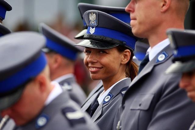 Święto policji w Gdyni przyciągnęło na skwer Kościuszki wiele osób, które razem z mundurowymi chciały przeżyć ten dzień