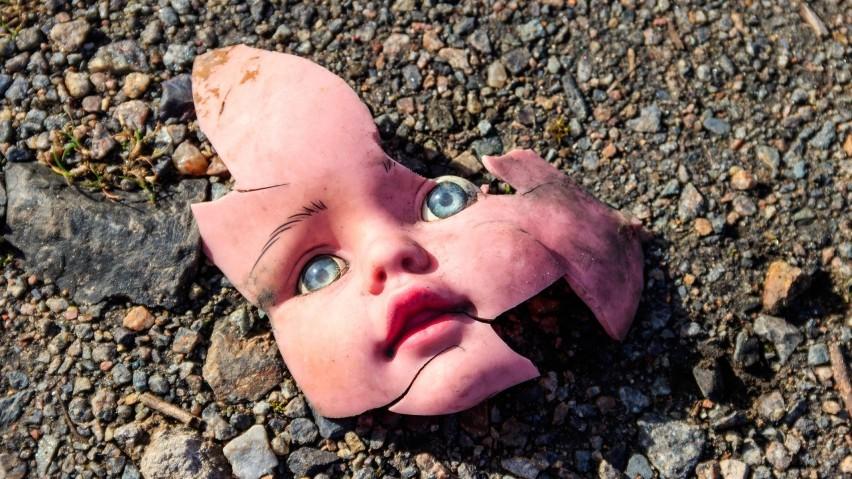 Tych dzieci do dziś nie udało się odnaleźć. Tajemnicze zaginięcia wstrząsnęły opinią publiczną. 8 niewyjaśnionych zagadek kryminalnych