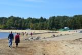 Plaża nad Jeziorem Nyskim urosła. Jest dwa razy szersza niż zazwyczaj!