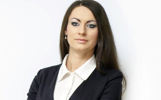 Monika Rojek-Kałek dotychczas była naczelnikiem Wydziału Promocji Urzędu Miejskiego w Dębicy. Teraz objęła stanowisko dyrektora Miejskiej i Powiatowej Bibliotece Publicznej w Dębicy.