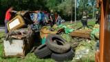 Nie siej śmieci, posiej łąkę - druga odsłona już w ten weekend. Katowice przeciwko wyrzucaniu opon do lasów