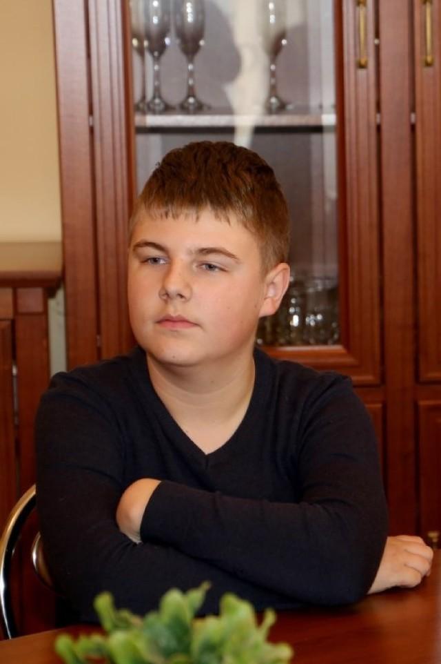 """15-letni Sebastian Rejewski opisał historię swojej rodziny, a następnie ten opis ze zdjęciami rodzinnymi przesłał do konkursu """"Oni tworzyli naszą historię"""""""