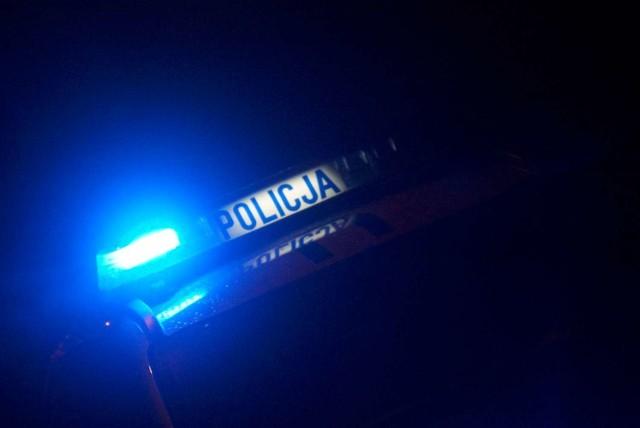 Policja w Kaliszu: 50-latek wsiadł za kierownicę mimo sądowych zakazów. Grozi mu teraz więzienie