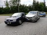 Kraksa dwóch samochodów w Dzierzgoniu - jedna osoba ranna
