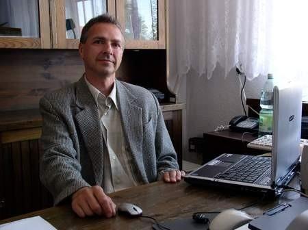 Zenon Graszek, dyrektor Powiatowego Młodzieżowego Domu Kultury w Brusach. Fot. Maria Sowisło