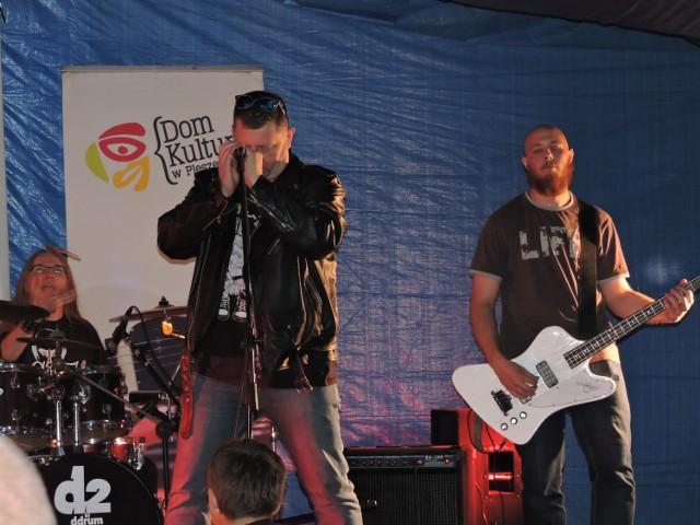 Namiot kibica zagrał na rockowo