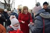 Wigilia miejska w Kraśniku. Mieszkańcy podzielili się opłatkiem i złożyli sobie świąteczne życzenia (ZDJĘCIA, WIDEO)
