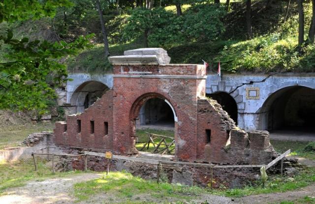 Znajdujący się tuż przy granicy z Ukrainą fort Salis Soglio należy do najciekawszych w Twierdzy Przemyśl.