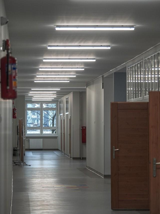 W poniedziałek urzędnicy chwalili się inwestycjami w podstawówce nr 175 przy ulicy Pomorskiej 27