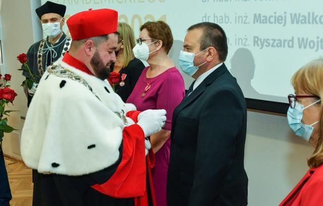 Komitet stały rady Ministrów zaakceptował zmianę nazwy bydgoskiego UTP na Politechnika Bydgoska. Teraz projekt zmiany trafi do parlamentu.