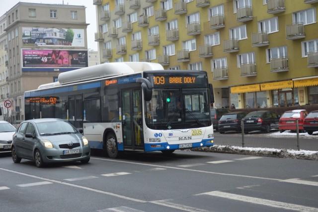 Kierowcy komunikacji miejskiej w Gdyni nadal nie otrzymali jasnych deklaracji od przedstawicieli władz miasta w sprawie podwyżek płac.