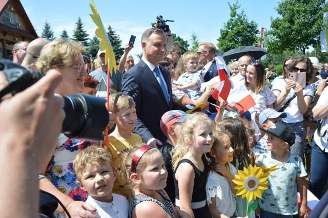 Prezydent Andrzej Duda wraz z małżonką odwiedzili powiat bocheński, 5.07.2021