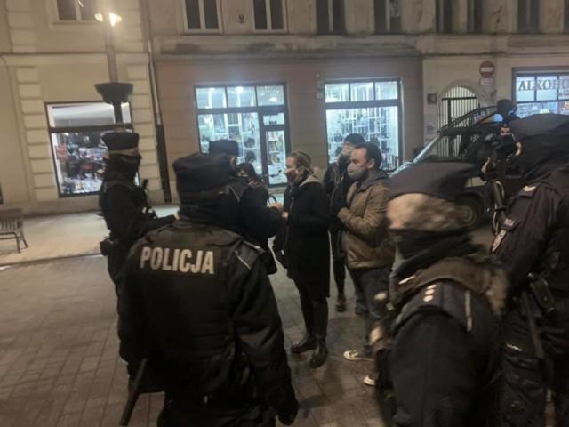 Łódzka policja twierdzi, że legitymowanie mieszkańca naszego regionu odbyło się prawidłowo
