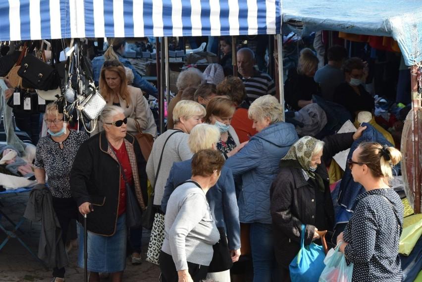 We wtorek 14 września na kielecki bazar przyszły tłumy...