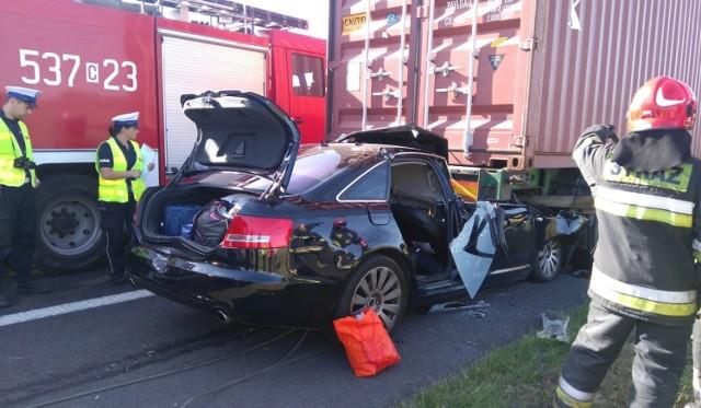 Tragiczne zdarzenia na drodze.  Do wypadku doszło dziś rano (2 czerwca) na autostradzie A1 w miejscowości Warlubie (kierunek Łódź, 76km).