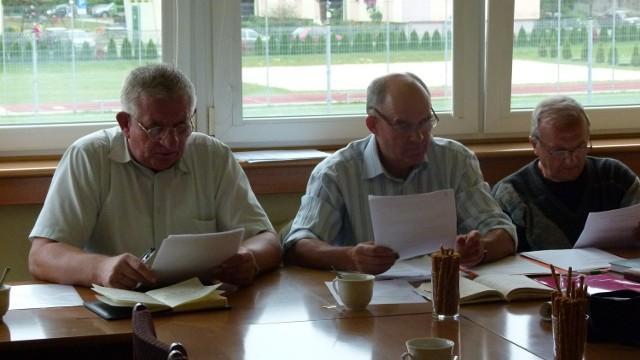 Dawną radą spółdzielni zajmie się prokurator. Na zdjęciu od lewej: Roman Kunowski, Karol Zieliński, Kazimierz Wałowski