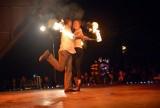 Sylwester w Lublinie: Stu tancerzy ognia na Nowy Rok
